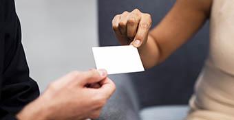 biglietti da visita con tecnologia RFID